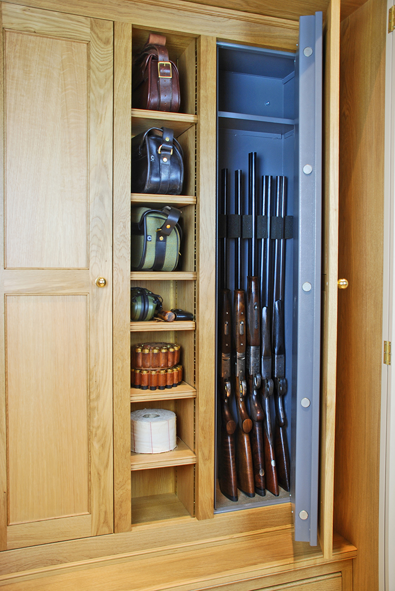 gun_cabinet_open_door